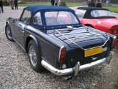 Triumph TR250 1968 royal blue Ex USA